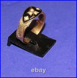 ANTIQUE VICTORIAN 9ct YELLOW GOLD ENAMEL 1908 PEARL SET HAIR DETAIL RING SIZE L