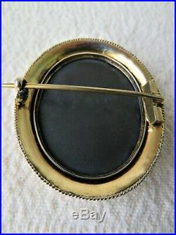 LARGE VICTORIAN 9CT GOLD PIETRA DURA BROOCH 15.8gs